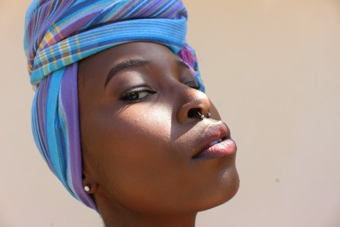 make-up-black-skin-highlight-headwrap-african-4
