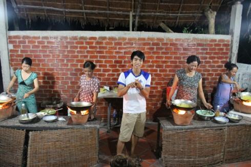 Vietnam-travel-food-3