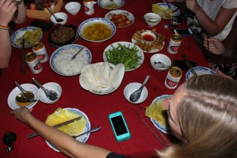 Vietnam-travel-food-pho